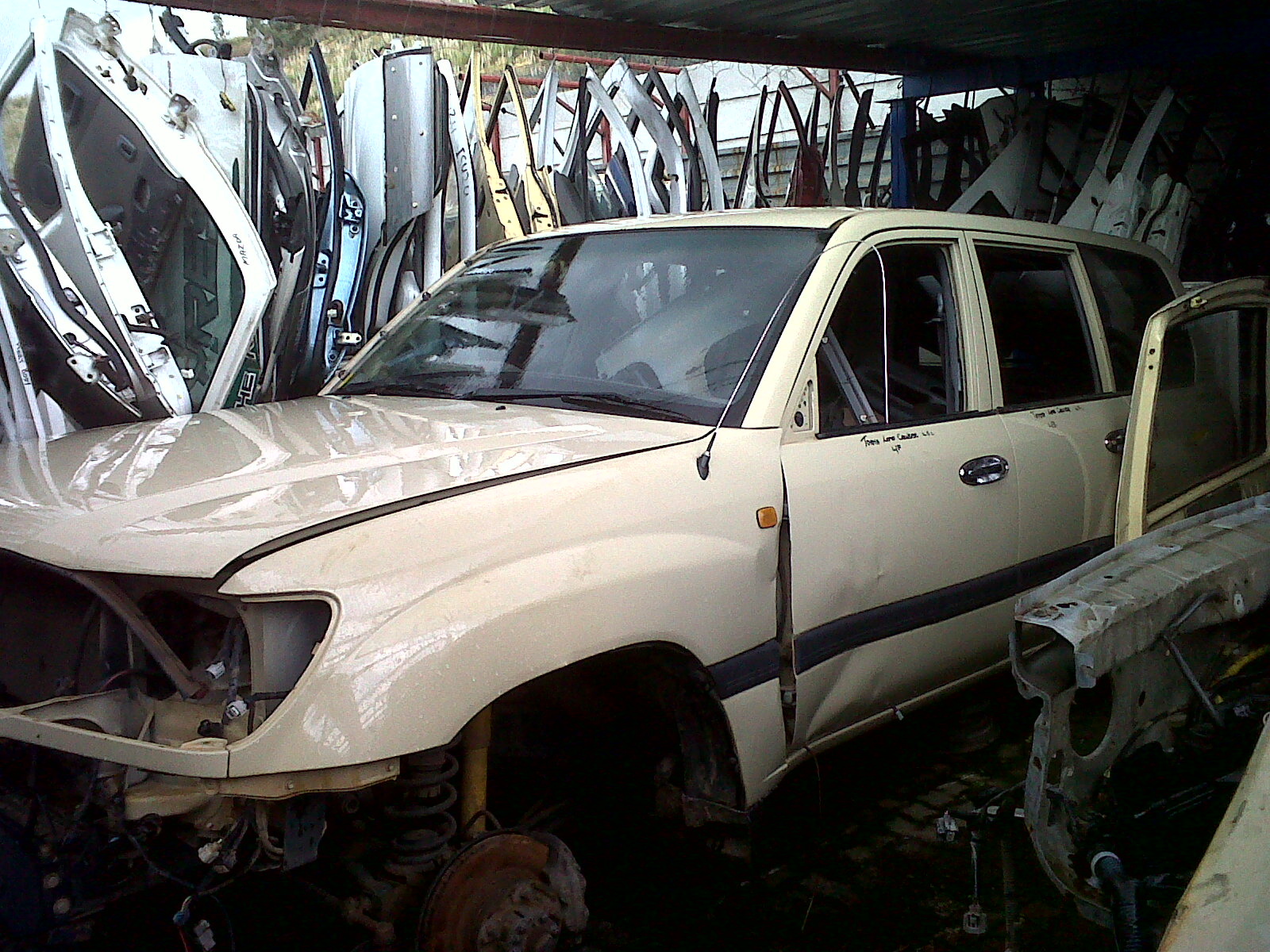 Toyota Land Cruiser 100 Series Stripping For Spares Matadoor Salvage
