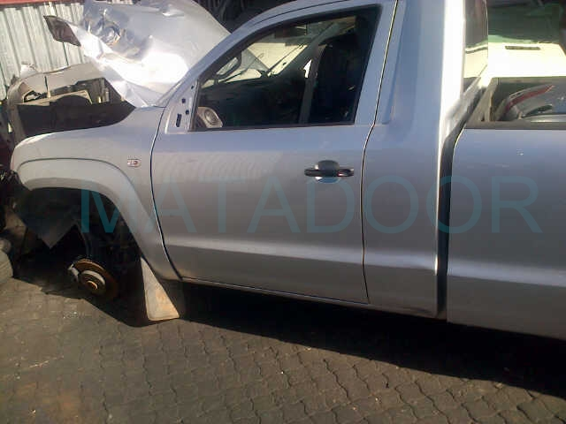 2012 vw amarok single cab stripping for spares matadoor. Black Bedroom Furniture Sets. Home Design Ideas